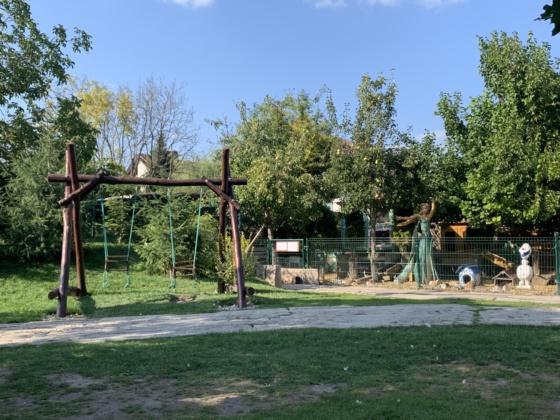Gazdovský dvor pusté ulany emamamamu